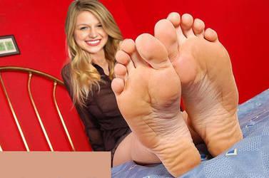 Melissa Benoist Feet 4 by CTUAlmeida7