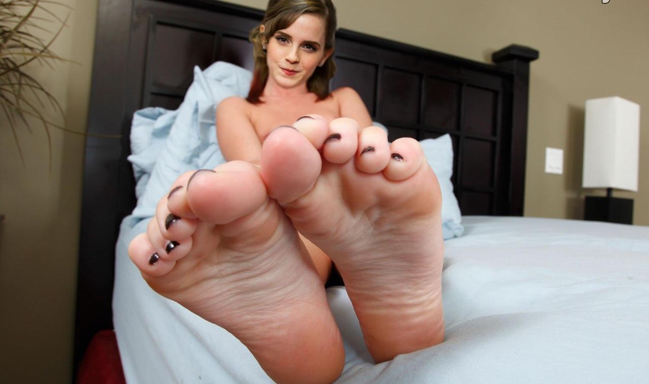 Feet emma watson Meghan Markle