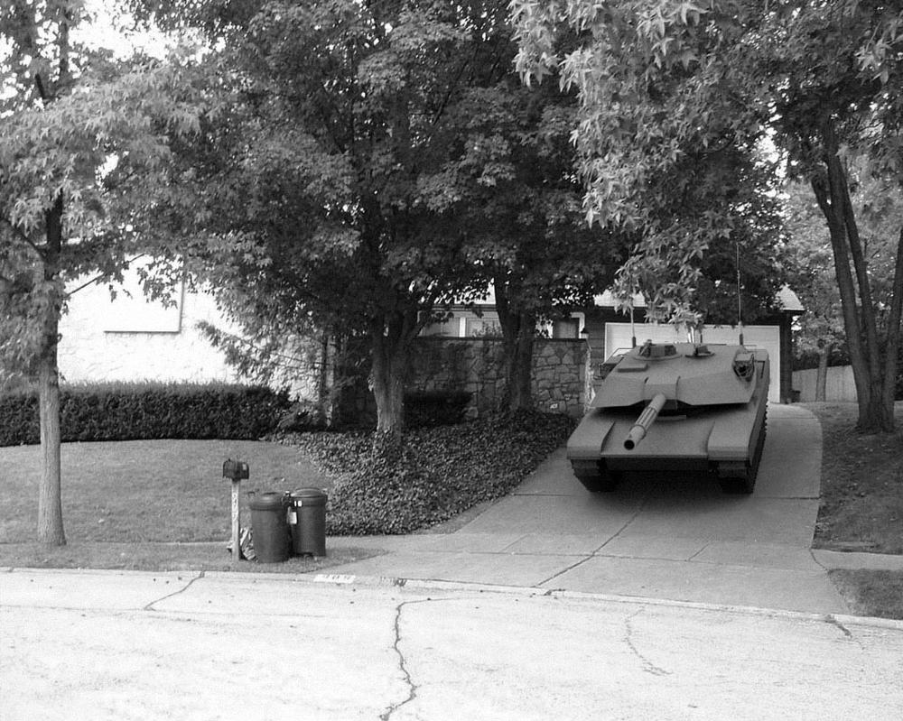 M1A2 Tank in my driveway by todd587