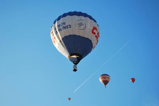 balloon v.