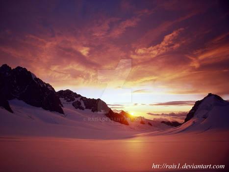 SUN SET  IN ICE MOUNTAIN