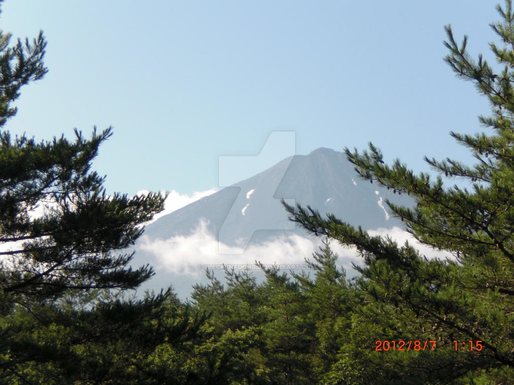 Fuji-san by Fleckenfuchs