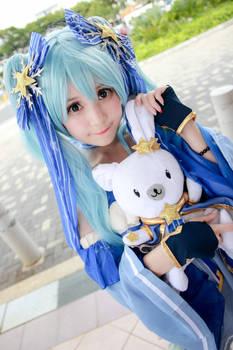 Vocaloid - Snow Hatsune Miku