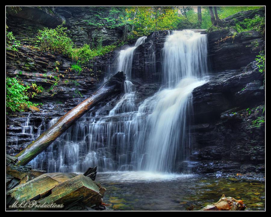 Shawnee Falls by Dracoart