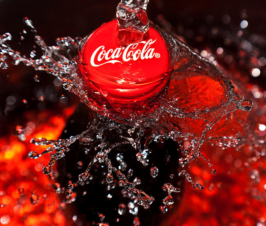 This is what a can of Coca-Cola does to your body in one hour