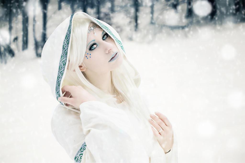 Ice elve IV by Philaeria