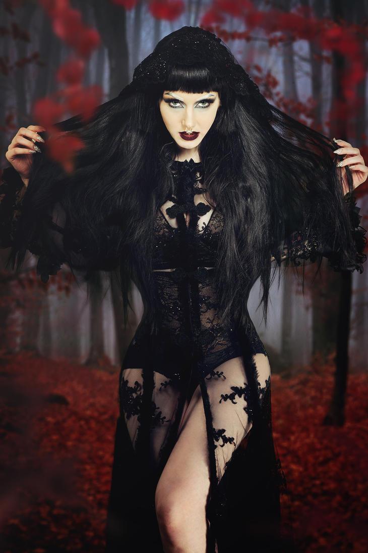 Black jewel by Philaeria