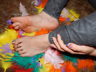 rainbow fingernails and toes by FootCandy