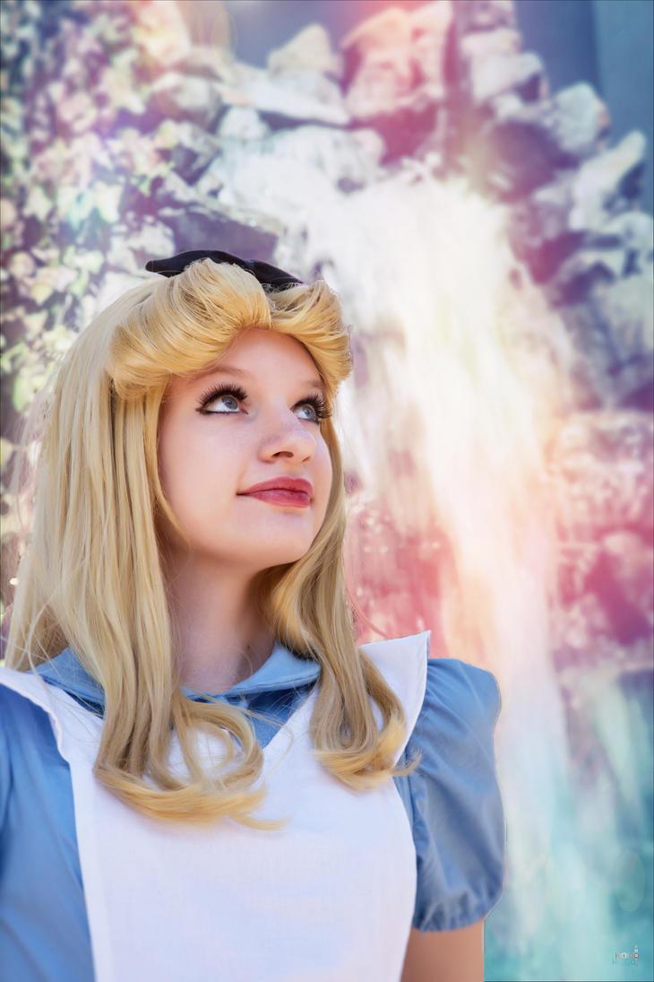 Alice in Wonderland 6 by AliceInTheTARDIS