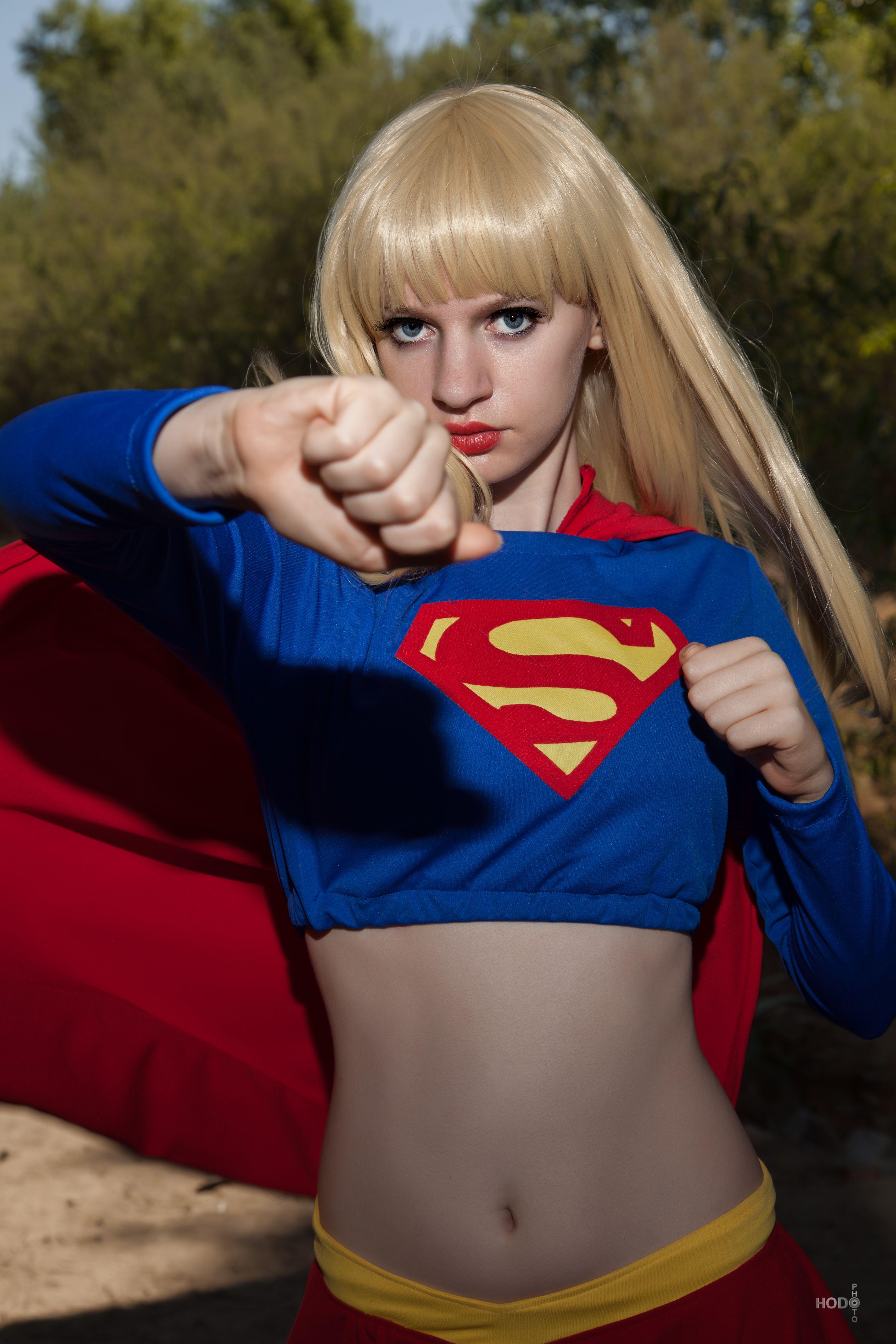 Supergirl: JLU 3 by AliceInTheTARDIS
