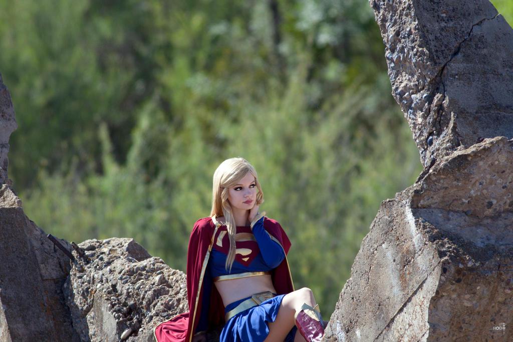 Supergirl: Unbound 3 by AliceInTheTARDIS