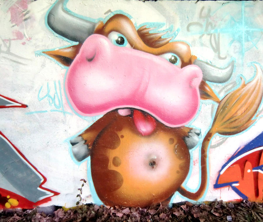Cow by YoulDesign