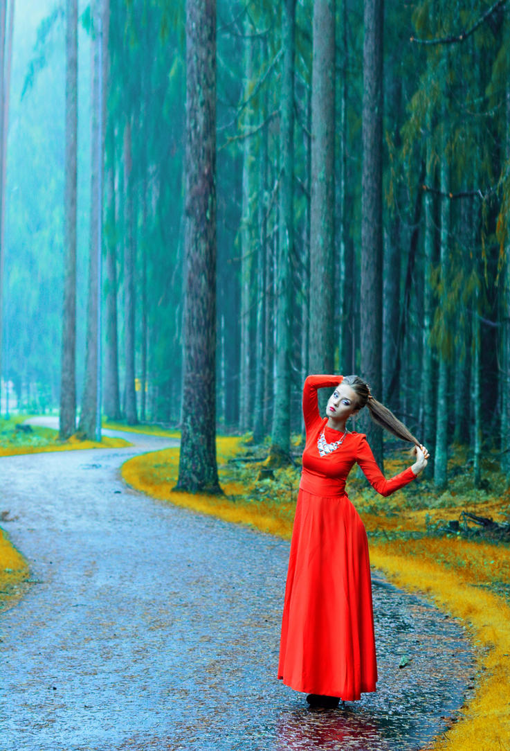 Autumn Queen by LinkyQ