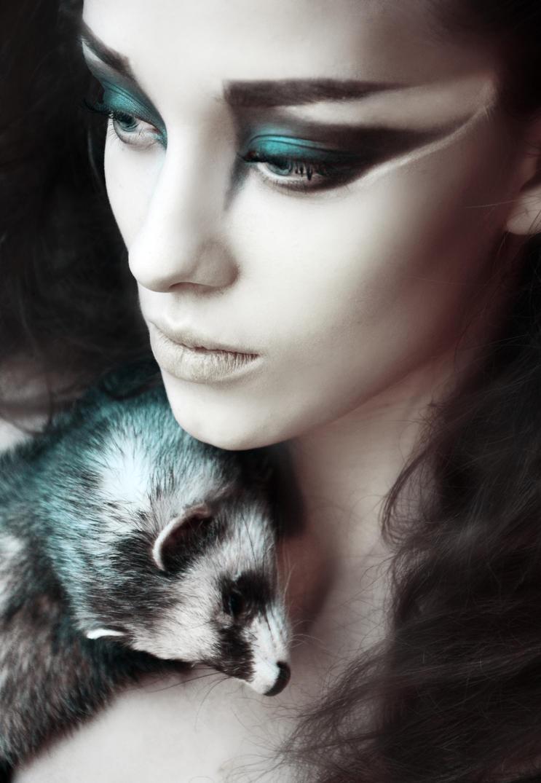 Royal ferret by LinkyQ