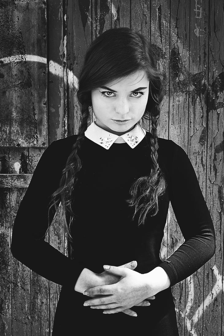 Anna Addams by LinkyQ