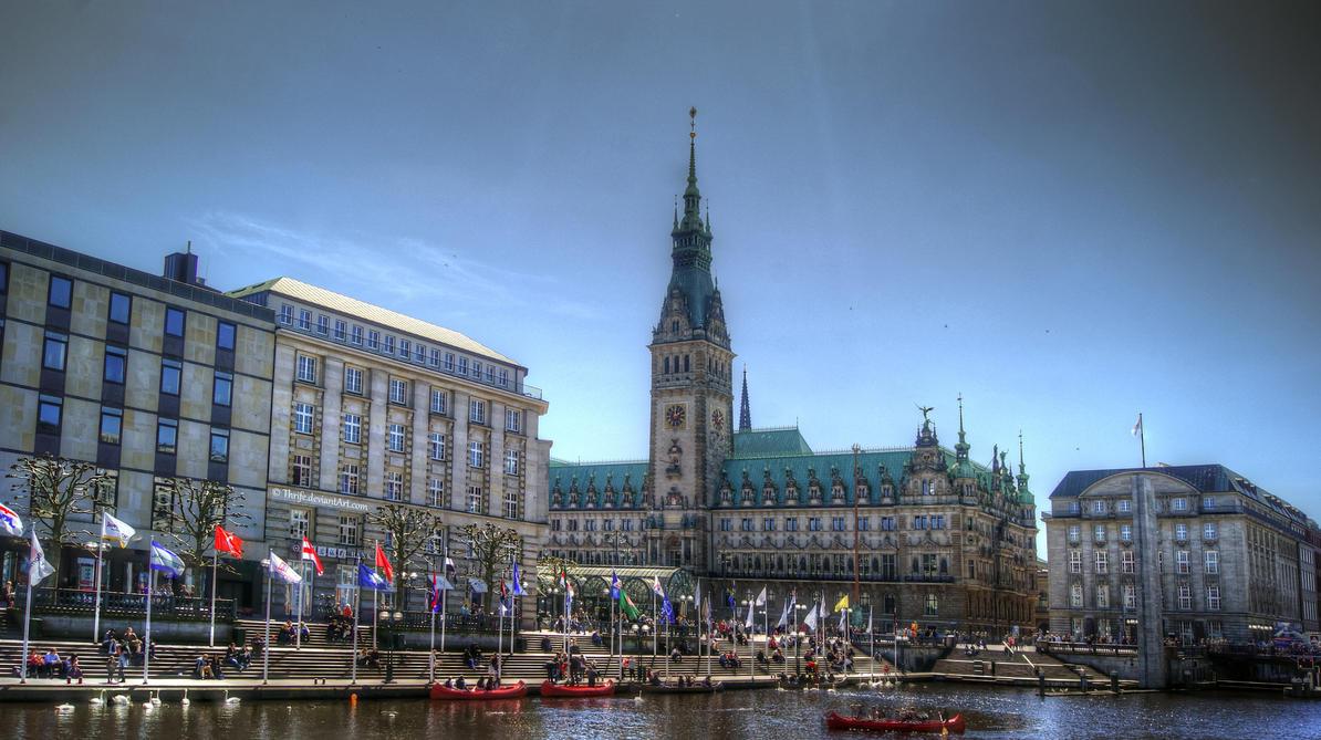 Hamburg Rathaus HDRi by Thrife