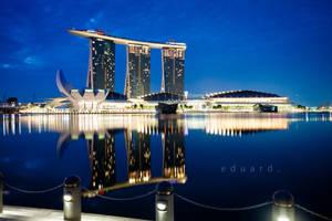 Singapore's Dawn by eduardj