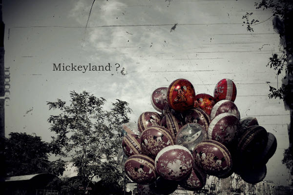 Disneyland or Mickeyland? by ajangajeng