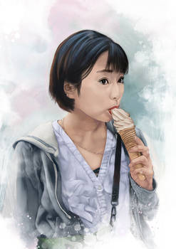 Shida Mizuki with Ice Cream
