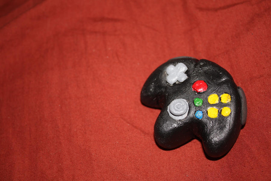 N64 Controller Mini by xsuicidemakeover
