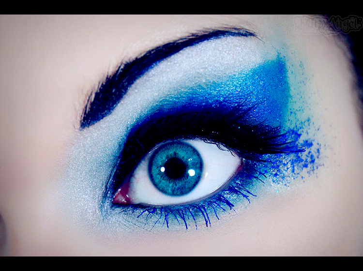 Blue Make-up by Katy-Angel