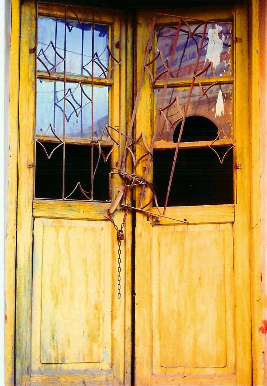 Kirik Kapi-Broken Door by hizMA on DeviantArt