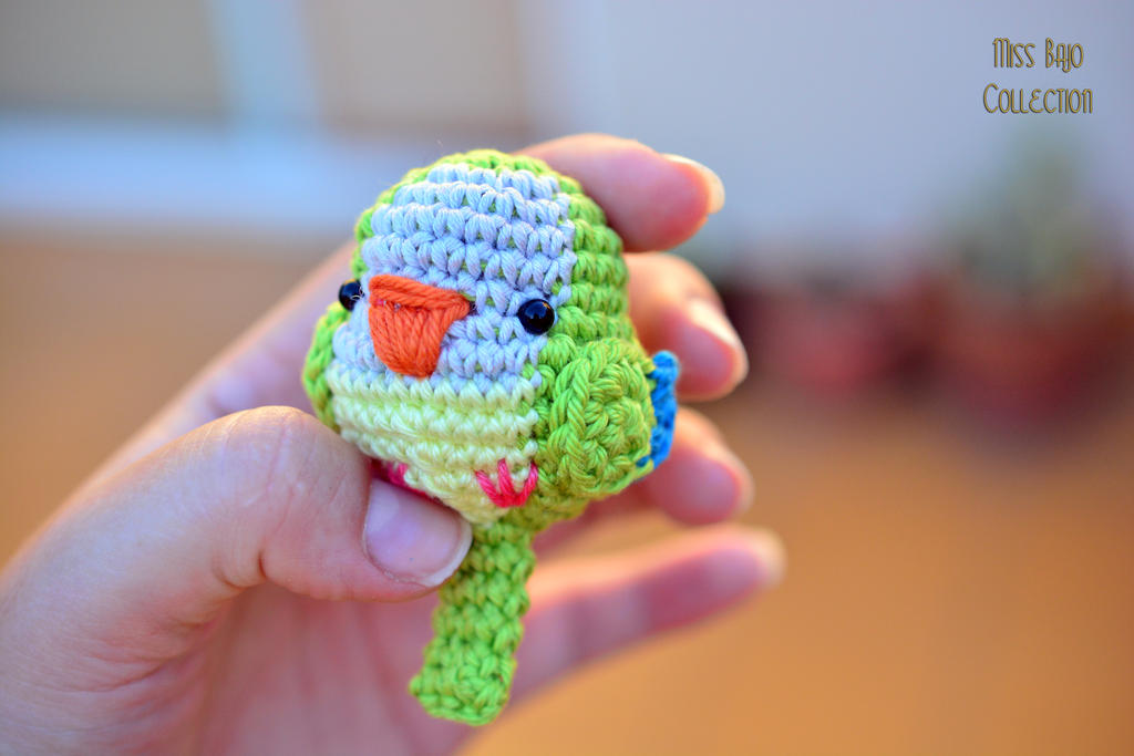 Chibi parrot by MissBajoCollection