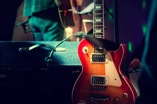Guitar_on_Stage