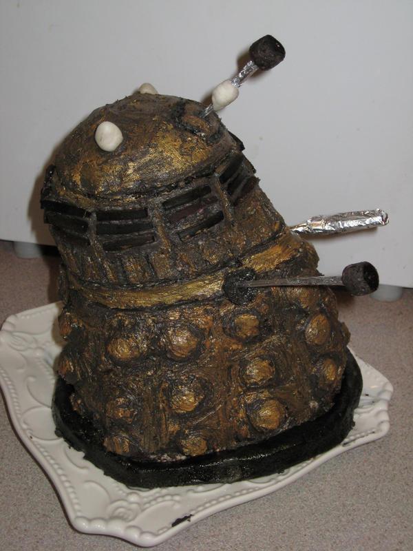 Dalek cake by 1isabel