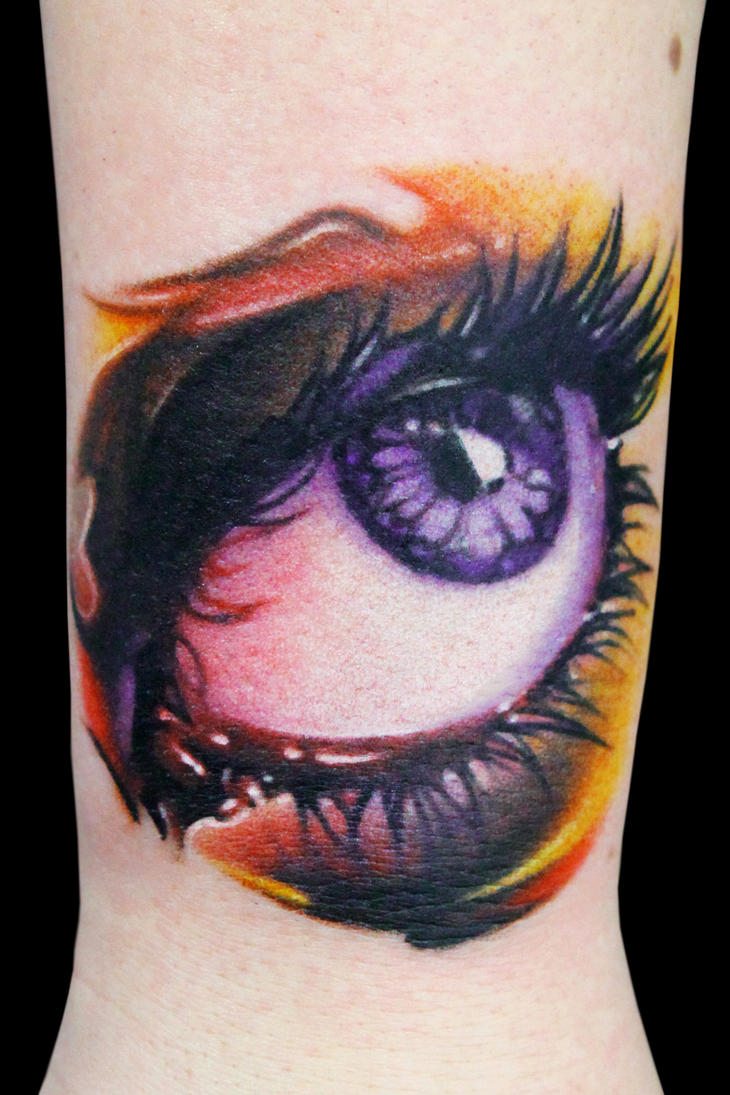Ojo I by maximolutztattoo
