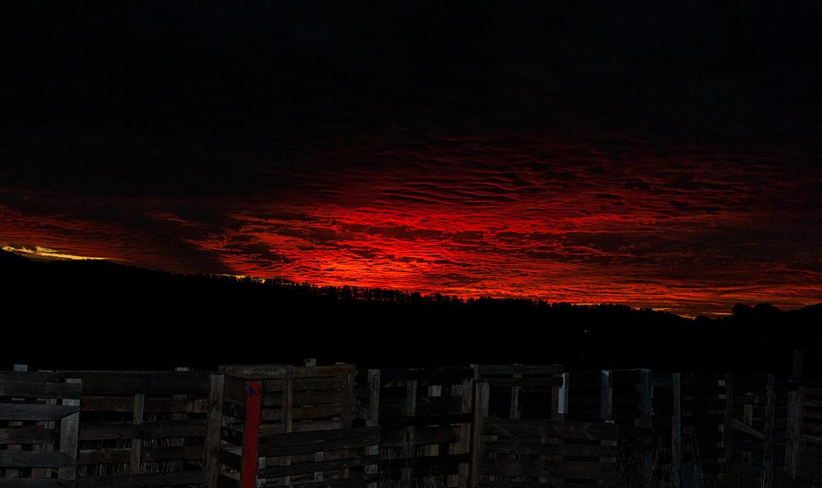 Sunset 4 by halfhandau