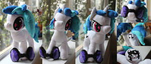 Bright Eyed Vinyl Scratch
