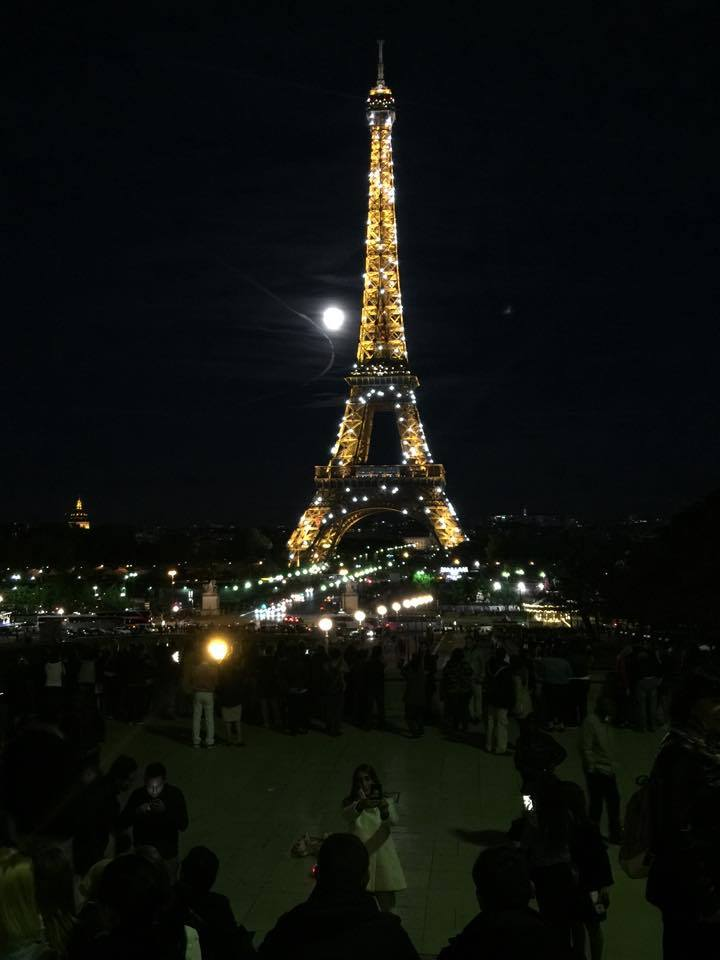 Eiffer Tower at night. by iistel