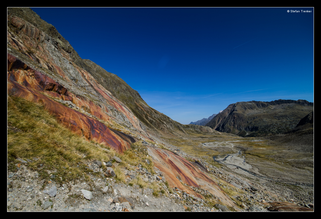 Red Stone by stetre76