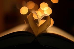 paper heart by rainb0wpiecess