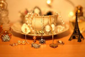jewelery by rainb0wpiecess