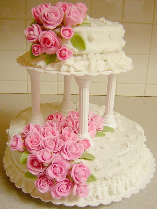 Fondant Rose cake by Zappe