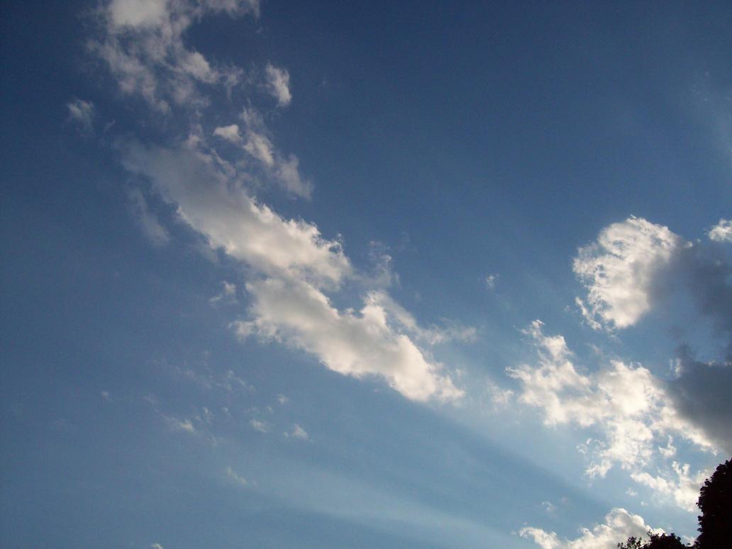 Dramatic Clouds IV by Mistshadow2k4