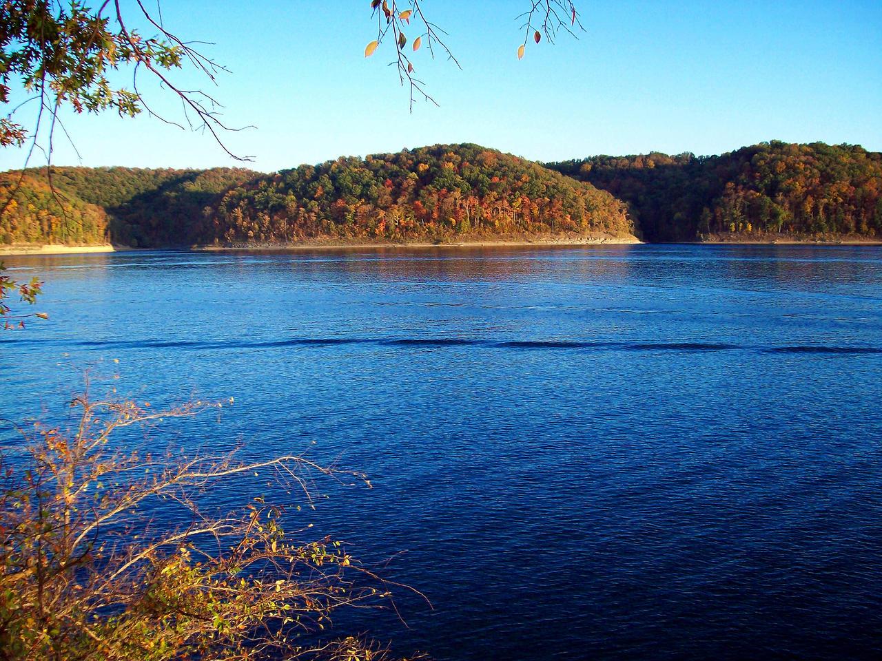 Lakeside Fall by Mistshadow2k4