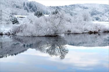 Reflect II by Aenea-Jones