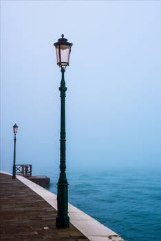 Lonely Lampposts