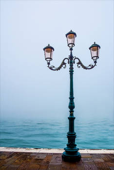 Lonely Lampposts II
