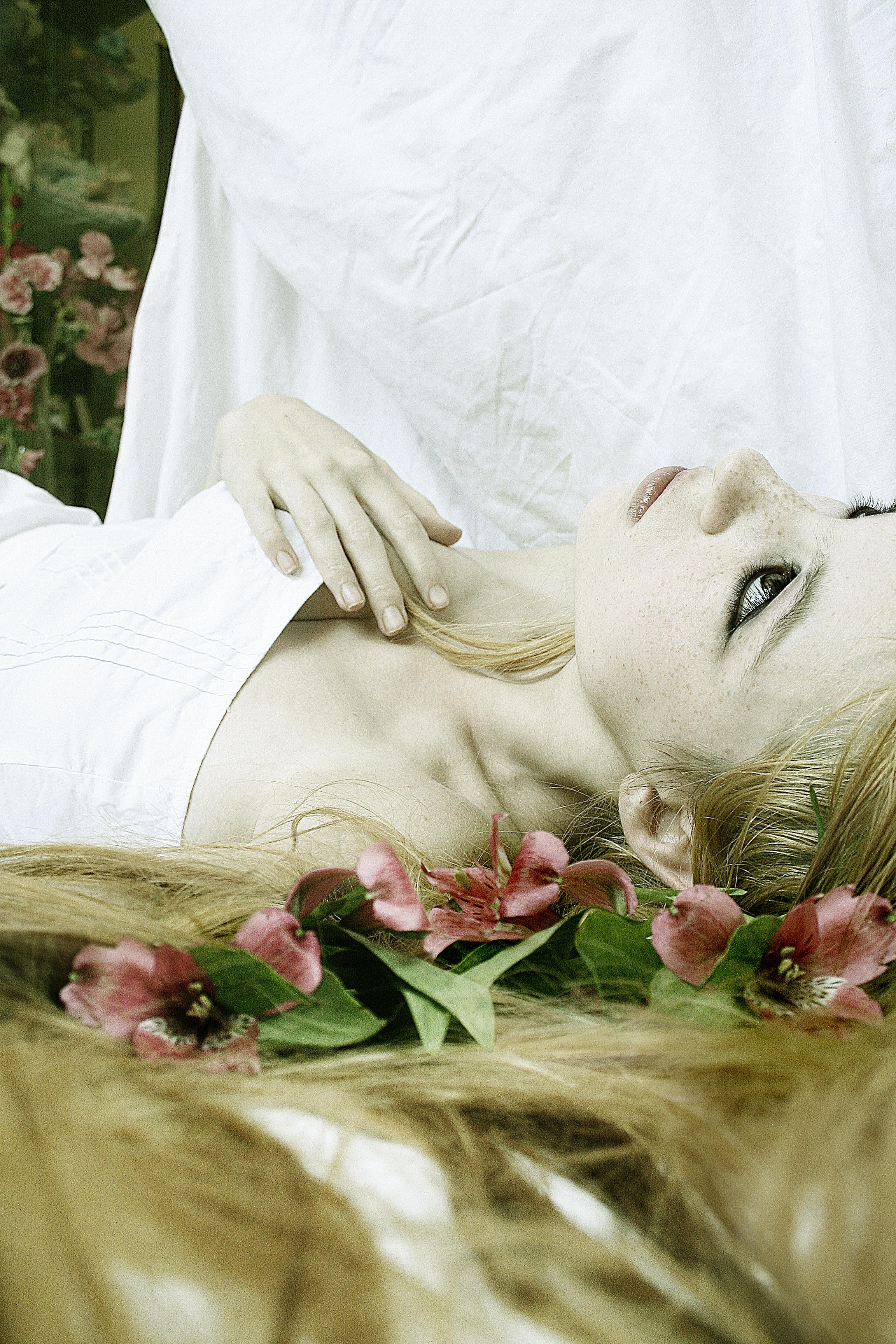 Lying White II by TragicStock
