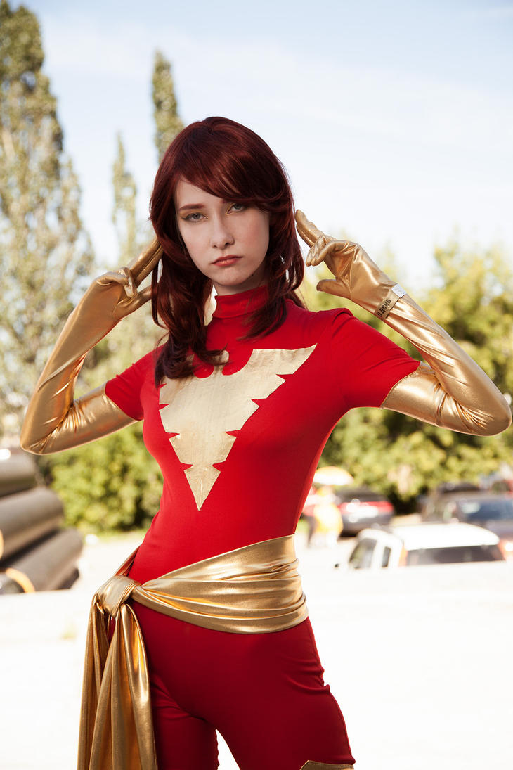 Dark Phoenix cosplay by Shiera13