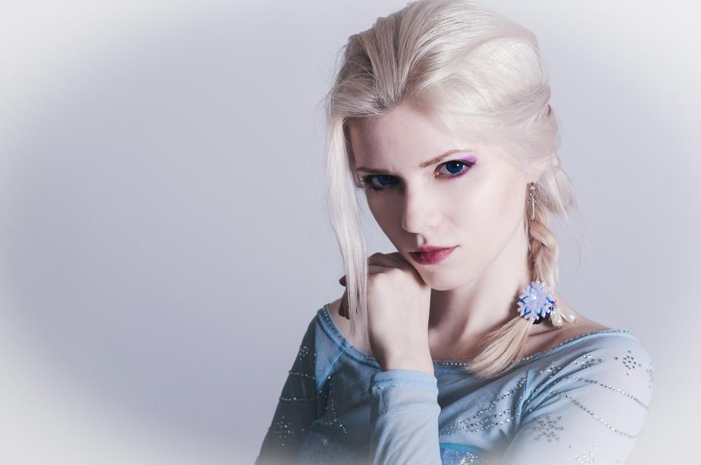 Elsa. by GabrielKato