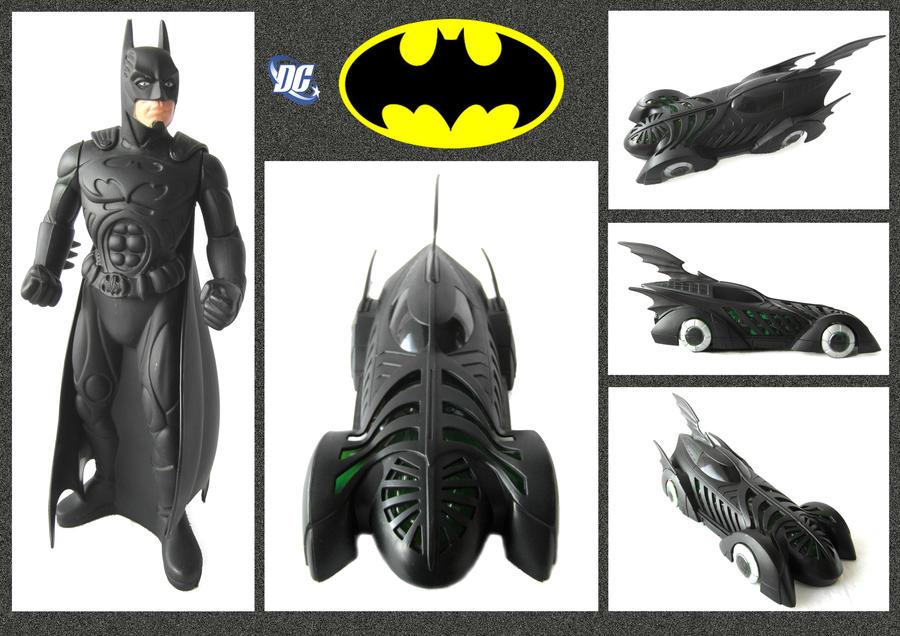 Batman - Bubble Bath by mikedaws