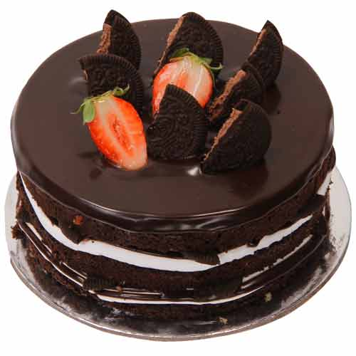 Chocolate cake Delivery in Gurgaon via CakenGifts by ...