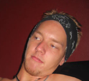eXcrem's Profile Picture