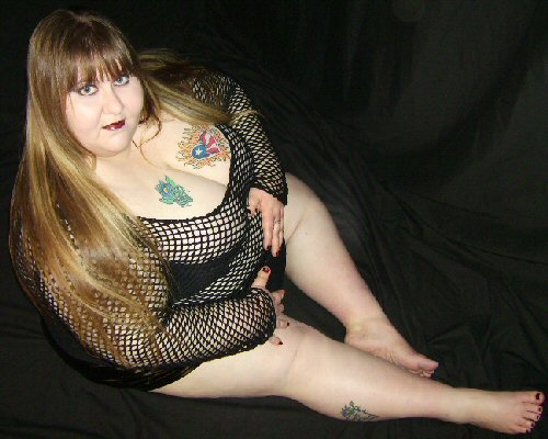 Fat tattoo nude sex porn images for Chubby tattooed girls