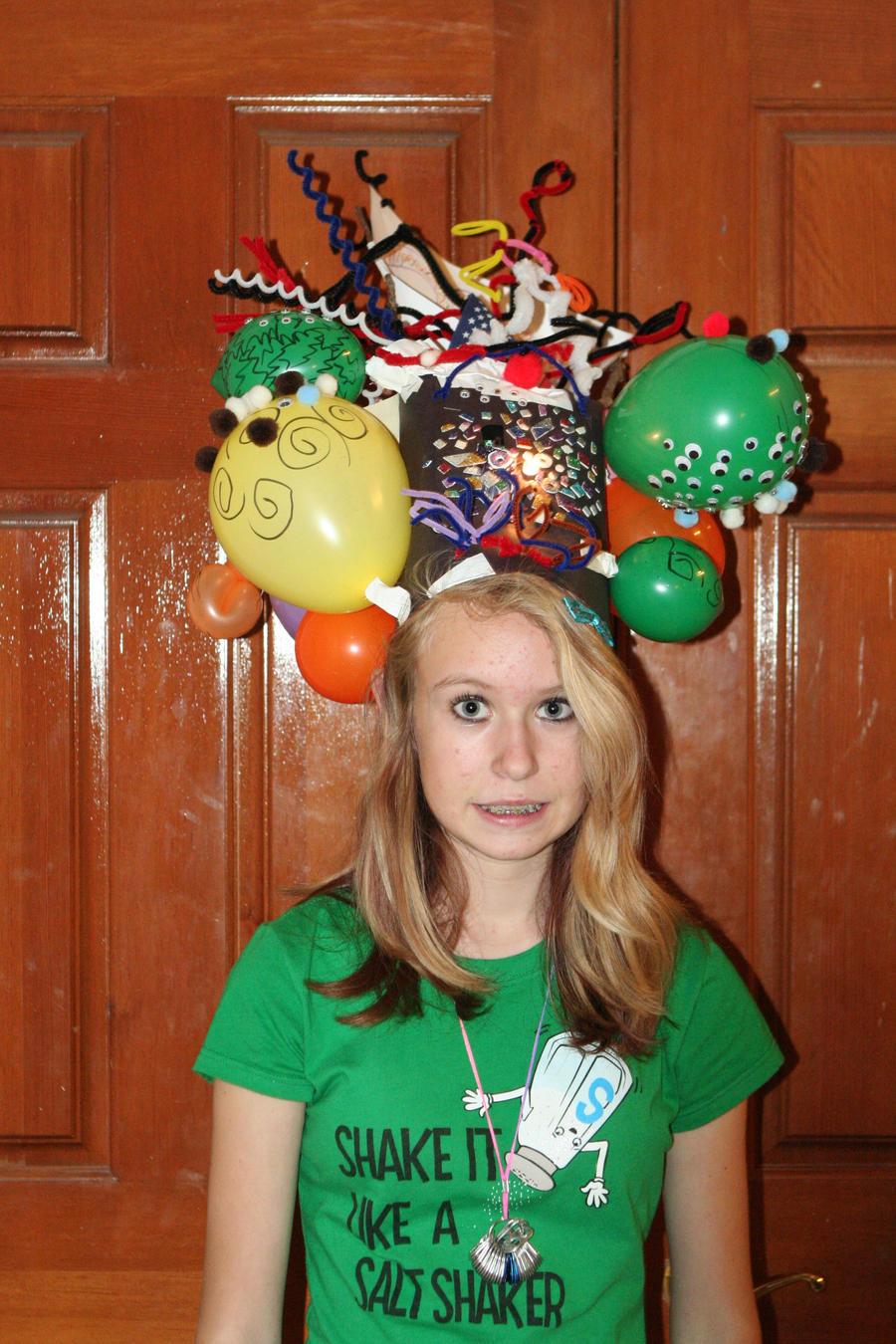 Crazy hat contest by potatoetots